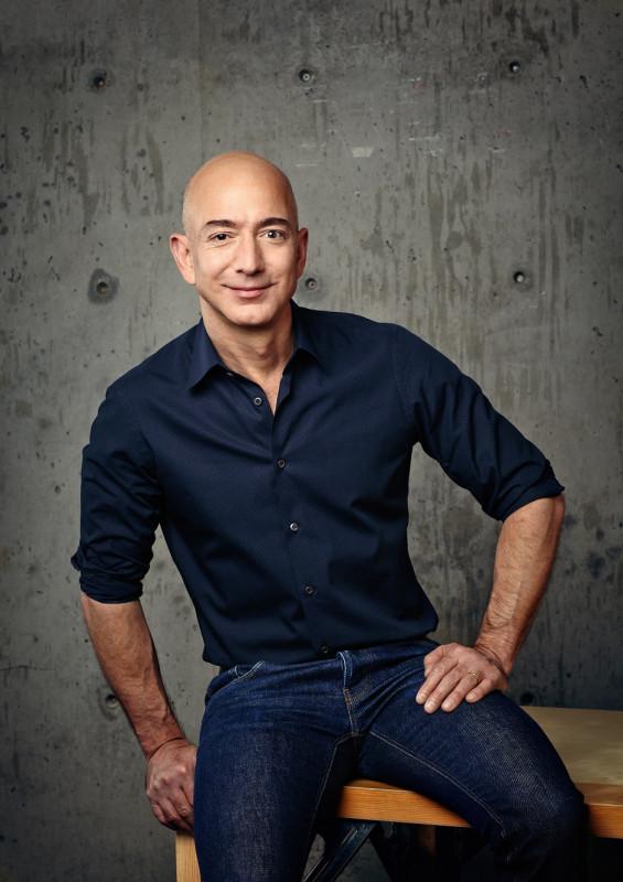 Amazon raddoppia utile nel secondo trimestre, 5,2 mld rispetto a IIQ 2019, ricavi +41%