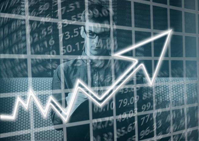 A luglio torna a crescere l'economia manifatturiera dell'eurozona