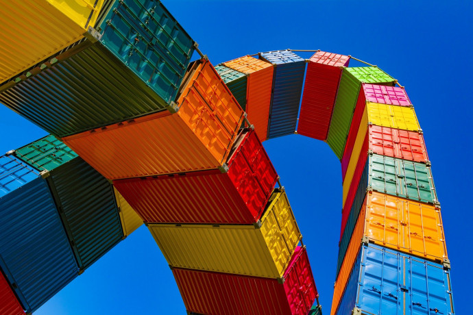 Commercio estero extra Ue27 cresce a settembre, +8,3%