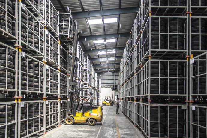 """Produzione industriale a febbraio +0,2% . Mameli (Intesa Sp), """"trend espansivo destinato ad accentuarsi"""""""