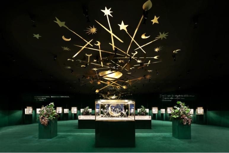 Tiffany a Shanghai con un diamante da 80 carati e 500 modelli di preziosi
